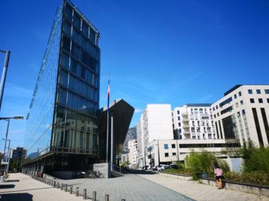 Le palais de justice de Grenoble ouvre ses portes au public ce jeudi 4 octobre à l'occasion de la 2e édition de la Nuit du droit. Une première à Grenoble.© Joël Kermabon - Place Gre'net