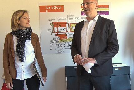 De gauche à droite : Chloé Lombard, sous-préfète de l'Isère et Stéphane Duport-Rosand, directeur général d'Actis. © Joël Kermabon - Place Gre'net.