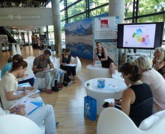 Présentation à Grenoble école de management de l'incubateur Les Premières pour entrepreneur(e)s et équipes mixtes innovantes. © Muriel Beaudoing - Placegrenet.fr