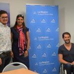 Sandrine Chaix, conseillère régionale déléguée au handicap, encadre Armand Thoinet et David Smetanine choisis par la Région en tant qu'ambassadeurs sport et handicap pour intervenir dans les lycées. © Laurent Genin