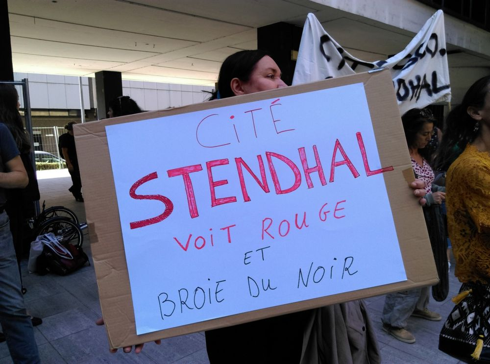 Manifestation des enseignants de la cité scolaire Stendhal au Rectorat de Grenoble le mardi 25 septembre 2018 © Florent Mathieu - Place Gre'net