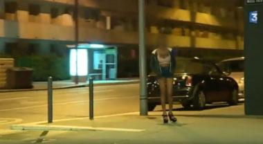 Quatorze individus suspectés de délit de proxénétisme aggravé à l'encontre de soixante femmes ont été interpellés sur Grenoble et ses environs.Image extraite du reportage de 2017 de France 3 Alpes sur la prostitution nigérianne à Grenoble