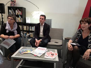 De gauche à droite : Corinne Bernard, adjointe à la culture, Éric Piolle, le maire de Grenoble et Isabelle Westeel, la directrice de la bibliothèque de Grenoble. © Joël Kermabon - Place Gre'net