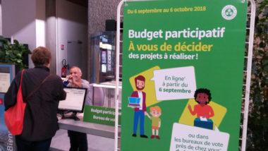 Bureau de vote à l'hôtel de Ville de Grenoble pour le budget participatif 2018 © Séverine Cattiaux - Place Gre'net