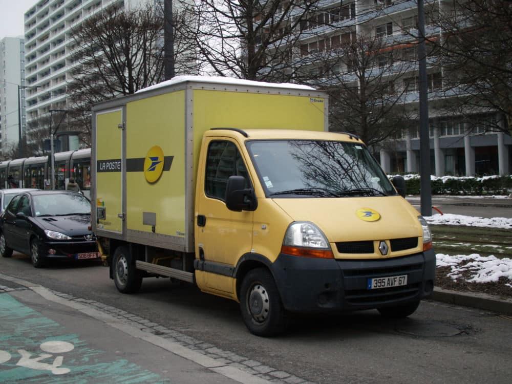 Camionnette de la Poste. DR