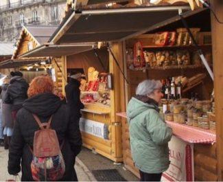 En passant outre la mise en concurrence, la ville de Grenoble a favorisé Chalet'Xpo sur le marché des chalets de Noël. Simple cafouillage ?