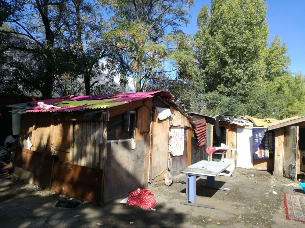Les cabanes du terrain Courtade, aujourd'hui rasé © Manuel Palvard - Place Gre'net