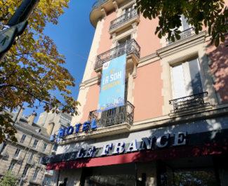 Façade de l'ancien Hôtel Touring. © Joël Kermabon - Place Gre'net