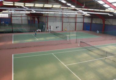 Les matchs se dérouleront sur les courts couverts seyssinois, situés avenue Louis-Vicat. © Laurent Genin