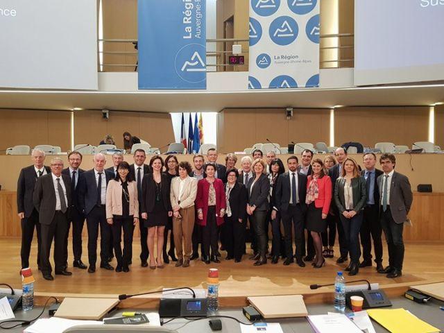 Le groupe des Démocrates de la Région Auvergne-Rhône-Alpes, avant le départ de sept élus Modem © Groupe Démocrates - Facebook