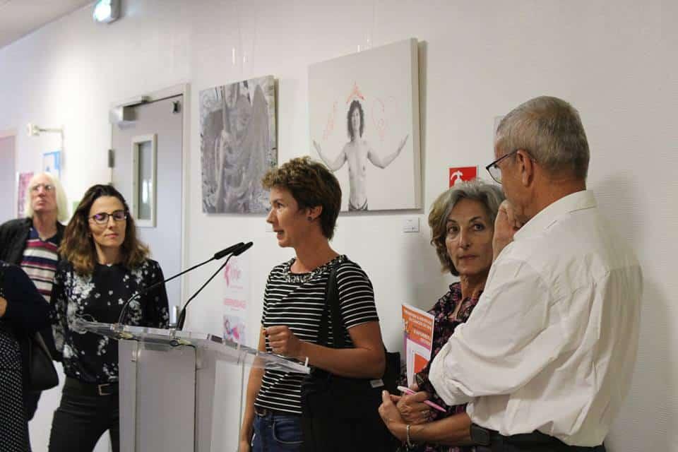 Parler de la maladie à travers la création. Exposition Projet Vénus à la Clinique mutualiste © Sacha Magnani - Place Gre'net