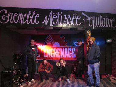 L'équipe de l'Engrenage organise un festival de musique, les 13, 14 et 15 décembre, dans trois salles à Grenoble. Les bénéfices seront reversés à Help SDF.Riad, Virgil, Future, Benj et Rouk... une partie des bénévoles de l'équipe de L'engrenage© Séverine Cattiaux - Place Gre'net