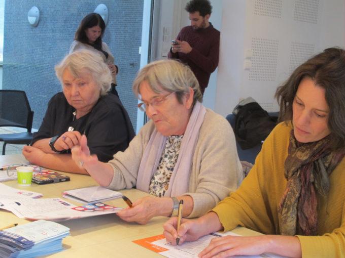 """Viviane Dubuf, responsable d'un centre """"Resto du coeur"""", Marie-France Motte, coprésidente de Femmes SDF, Maïween Abjean, directrice de Femmes SDF © Séverine Cattiaux - Place Gre'net"""