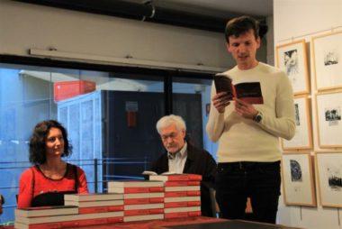 """Dix-huit écrivains, issus de l'IEP de Grenoble, ont écrit un recueilde nouvelles """"L'Institut"""", à l'occasion des 70 ans de Sciences Po Grenoble."""