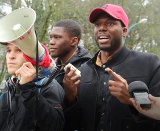 Manifestation frais d'inscription étudiants étrangers ©Anaïs Mariotti -placegrenet.fr