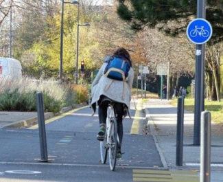 Inauguration de la nouvelle piste cyclable avenue des Jeux Olympiques ©Anaïs Mariotti