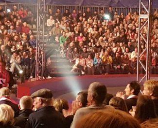 Après quatre ans à Voiron, le festival international du cirque est de retour à Grenoble. Evincé en 2015 quand Eric Piolle a repris en régie directe la gestion du Palais des sports, Guy Chanal revient en force © Mathilde Leduc