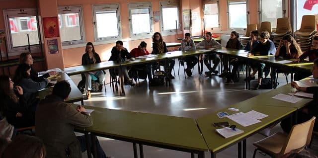 Une vingtaine de lycéens de Grenoble, La Mure ou même Voiron étaient présents à l'Assemblée générale de l'UNL. © Jules Peyron - placegrenet.fr
