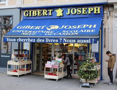 Pour Gibert Joseph, l'acheminement direct des manuels scolaires représenterait une perte de 20% du chiffre d'affaire. © Jules Peyron - placegrenet.fr
