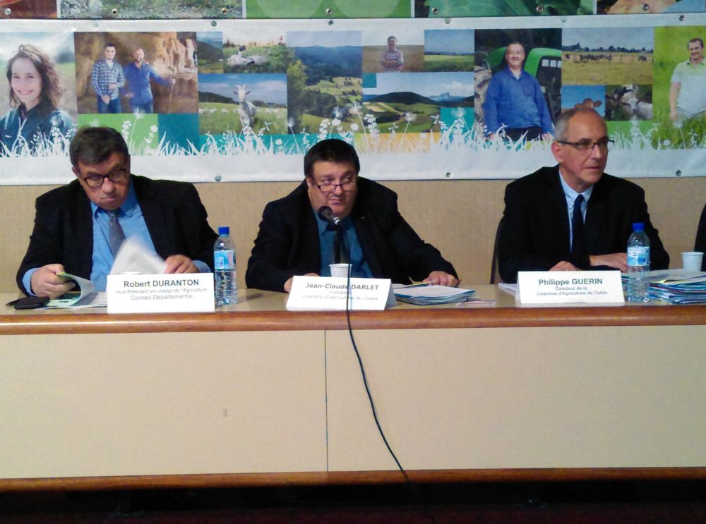 Jean-Claude Darlet (au centre) lors d'une session de la Chambre d'agriculture de l'Isère © Florent Mathieu - Place Gre'net