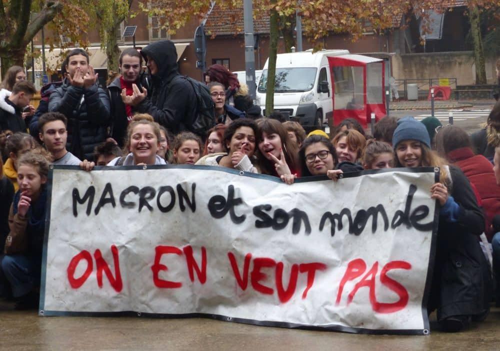 Parcoursup : la phase d'admission ouvre le 19 mai. Manifestation lycéenne contre Parcoursup et la réforme du baccalauréat à Grenoble en décembre 2018 © Florent Mathieu - Place Gre'net