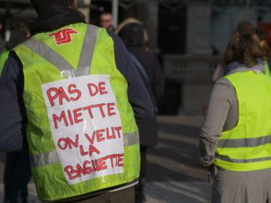 Manifestation des gilets jaunes samedi 15 décembre 2018 à Grenoble. © Jérémie Le Colleter - Placegrenet.fr