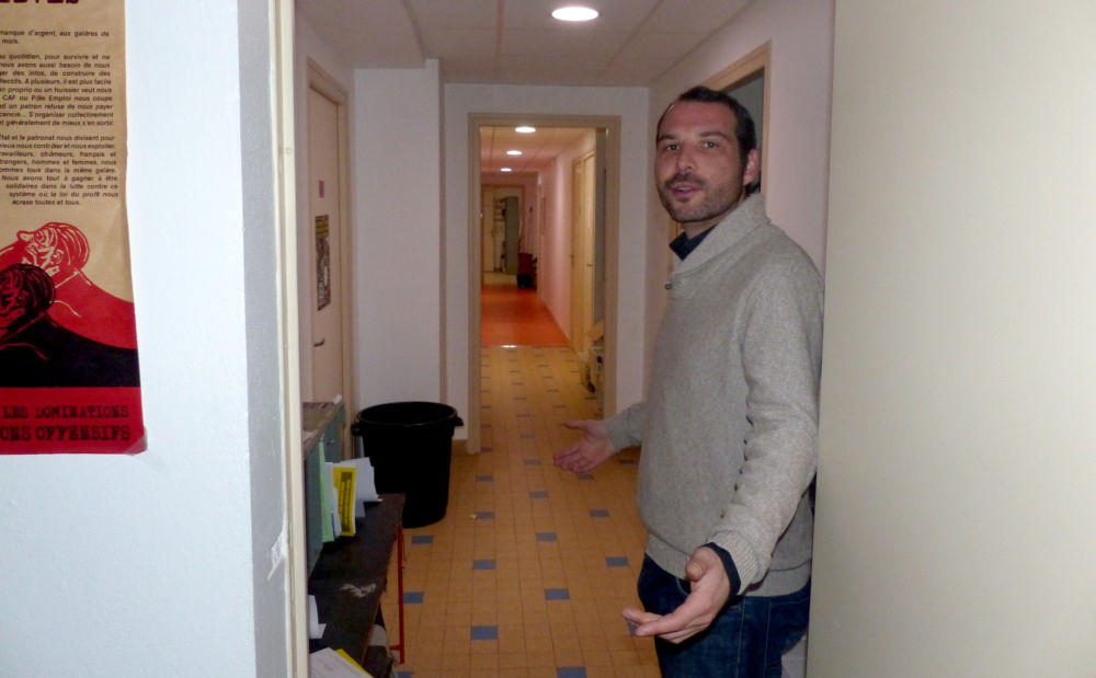 Étienne Ciapin, guide des couloirs du local syndical © Florent Mathieu - Place Gre'net