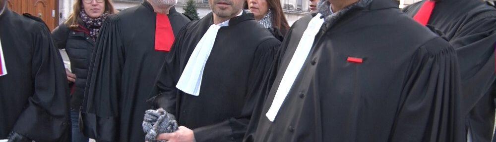 Le barreau des avocats de Grenoble lance un pôle d'information en ligne sur le pass sanitaire