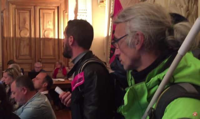 Militants de Solidaires 73 lors du conseil municipal de Chambéry © Capture d'écran YouTube - Révolution permanente