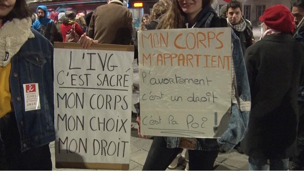 Rassemblement féministe pour le droit à l'IVG © Joël Kermabon - Place Gre'net