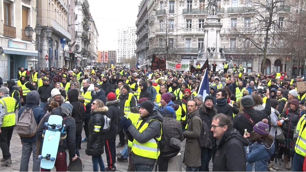 Les Gilets jaunes appellent à soutenir la journée de grève nationale du 5 février. © Joël Kermabon - Place Gre'net