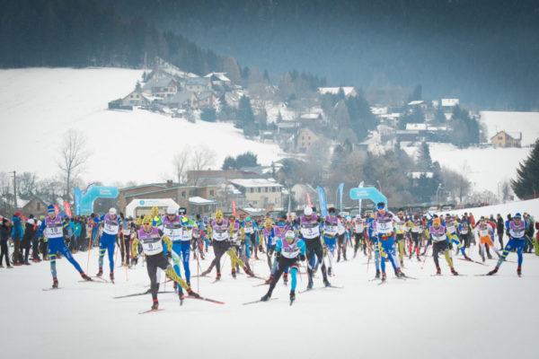 Ils étaient exactement 447 inscrits au départ du 42 km, l'épreuve reine de la Foulée Blanche, dimanche 27 janvier. © Au Fil des Lumières