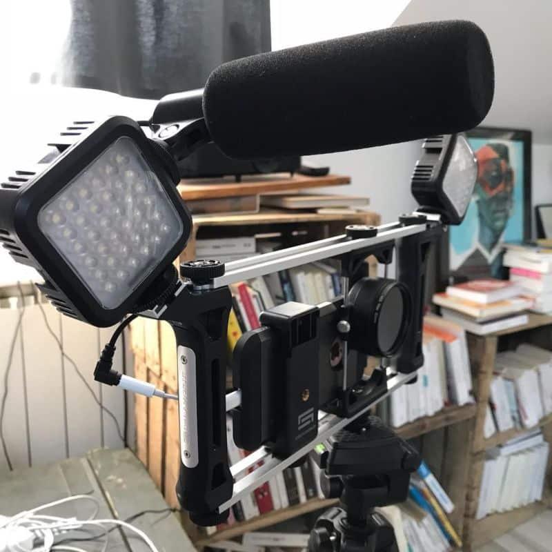 Le medialab de Cap Berriat prête smartphones et équipements permettant de réaliser de la vidéo dans de bonne conditions. © Cap Berriat