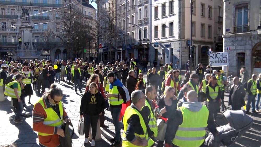 Lutte ouvrière veut inscrire son combat dans l'impulsion des Gilets jaunes et autres mouvements sociaux actuels © Joël Kermabon - Place Gre'net