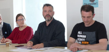 Anne Monnet Hoel de COREVIH Arc Alpin, Emmanuel Carroz, Adjoint à l'égalité, et Eric Piolle, Maire de Grenoble © Charles Thiebaud -placegrenet.fr