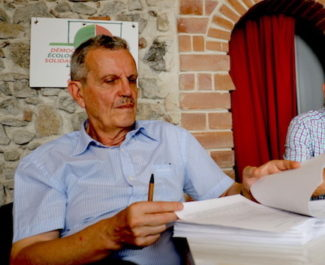 Raymond Avrillier réclamait l'annulation d'un accord entre l'Etat et les sociétés d'autoroute. Le militant grenoblois a été débouté par le Conseil d'Etat