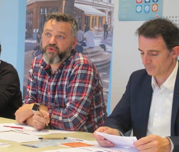 Emmanuel Carroz aux côtés d'Éric Piolle © Place Gre'net