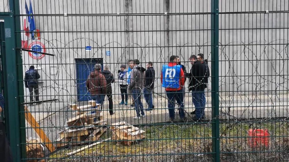 Les surveillants de la maison d'arrêt de Varces ont également organisé un mouvement de revendications © Joël Kermabon - Place Gre'net