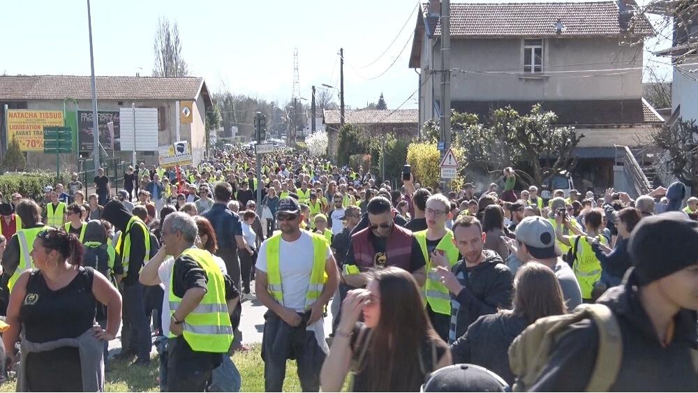 Les Gilets jaunes sont appelés à se mobiliser pour la journée du 1er mai, au cours de la manifestation comme d'un festival au Jardin de Ville © Joël Kermabon - Place Gre'net