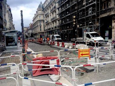 Dans l'hyper-centre de Grenoble, l'opération Cœurs de ville, cœurs de métropole touche au but. Fin novembre, le chantier devrait avoir été mené à terme © Patricia Cerinsek