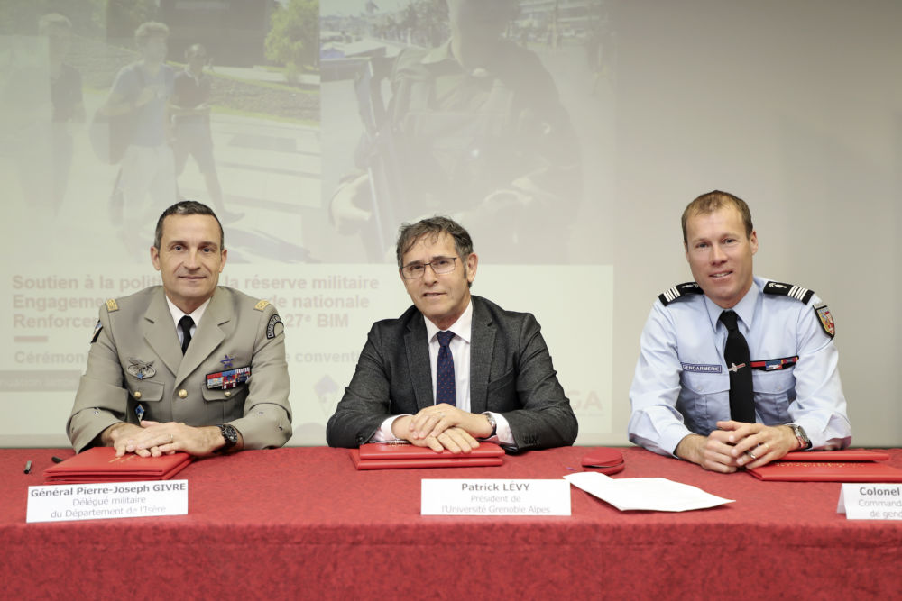 Garde nationale : l'UGA s'engage pour une reconnaissance académique des étudiants réservistes. © Université Grenoble Alpes