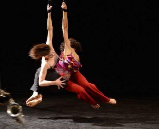 La compagnie Sylvie Guillermin joue Birds sur la branche, hommage à Charlie Parker, au théâtre municipal de Grenoble, le 21 mars 2019. © Jean-Pierre Maurin