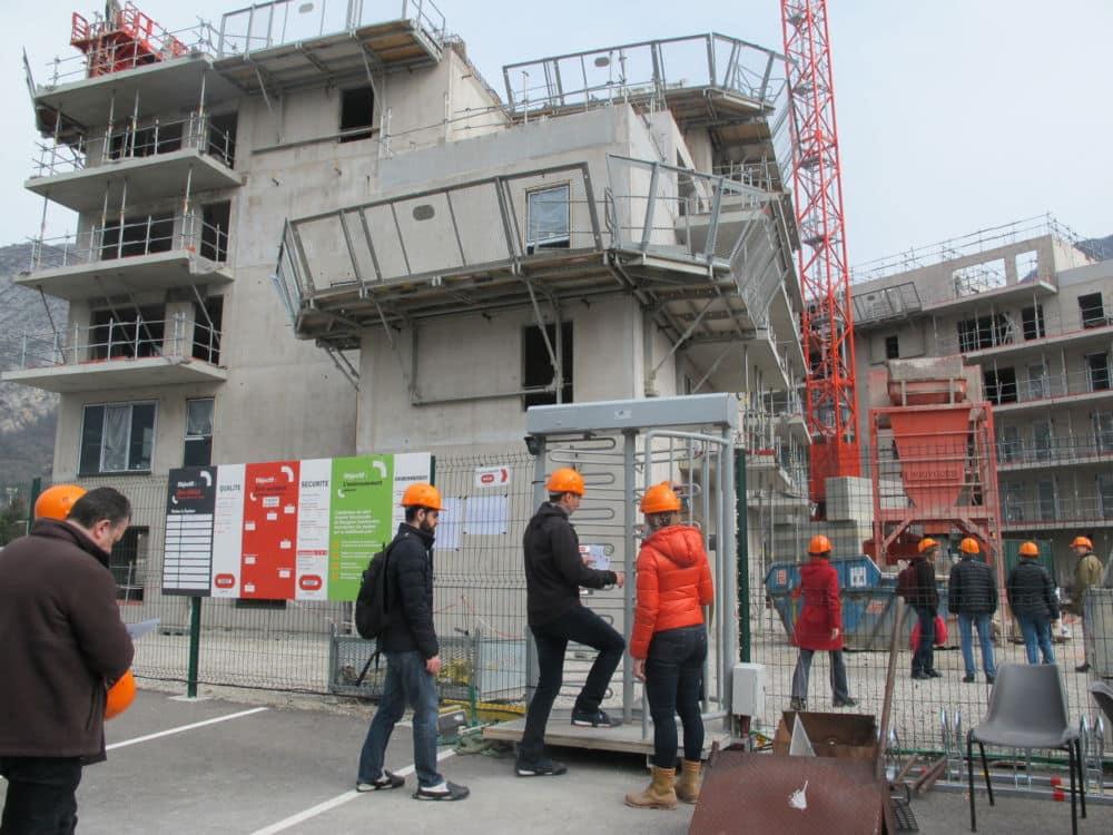 L'immeuble ABC de Grenoble propose à ses futurs locataires une autoconsommation de l'électricité produite sur le bâtiment. L'immeuble ABC en construction (mars 2019) © Séverine Cattiaux - Place Gre'net