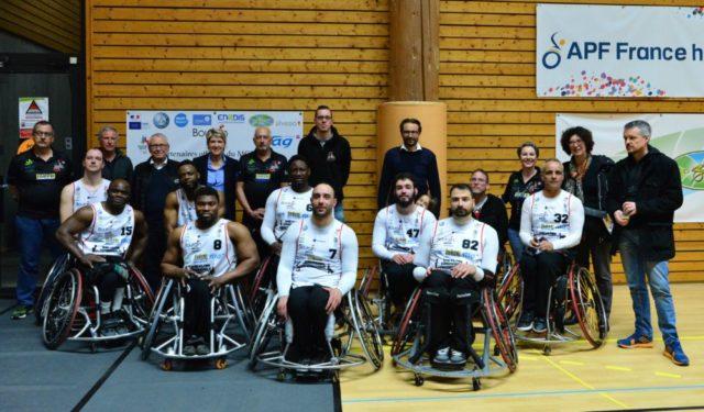 Vainqueurs à Strasbourg, les joueurs du MGH joueront de nouveau en première division la saison prochaine. © Meylan Grenoble handibasket