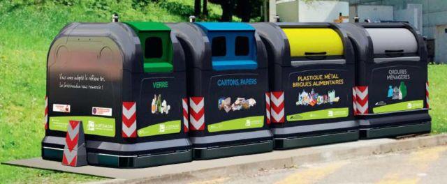 Des exemples de conteneurs de déchets en point d'apport volontaire (PAV). © Grésivaudan