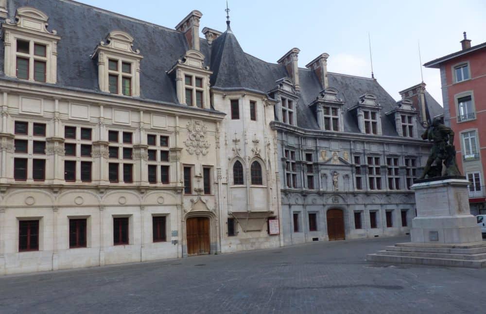 Le Département prévoit une restauration d'ampleur du Palais du parlement © Florent Mathieu - Place Gre'net
