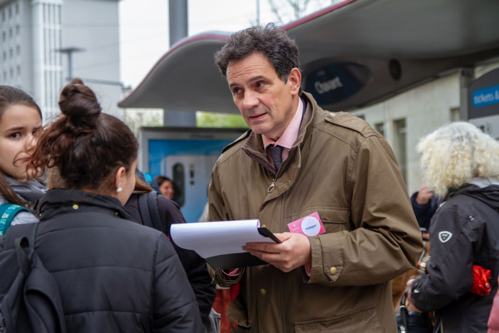 Le directeur général de la SemiTag Philippe Chervy à la rencontre des usagers lors de la journée Rencontrez nos managers © SemiTag