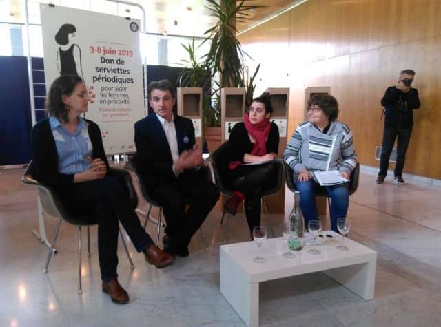 Éric Piolle et les associations lors de la présentation de la collecte © Florent Mathieu - Place Gre'net