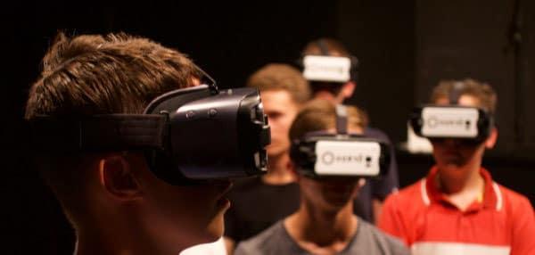 Fugue VR , une expérience qui invite à découvrir en réalité virtuelle un spectacle de Yoann Bourgeois. © CCN2