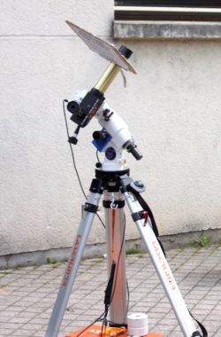 Observation du soleil, utile pour déterminer la qualité de la propagation des ondes, au salon Iseramat, grâce à un partenariat avec le club d'astronomie Albedo38. © Jean-Louis Latsague - Placegrenet.fr